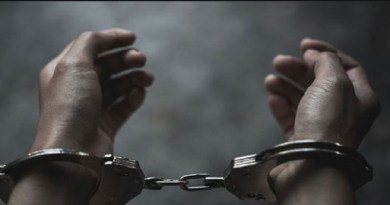 बागेश्वर में पुलिस ने नशे के सौदागरों पर शिकंजा कसा है। पुलिस ने चरस के साथ तीन तस्करों को गिरफ्तार किया है।