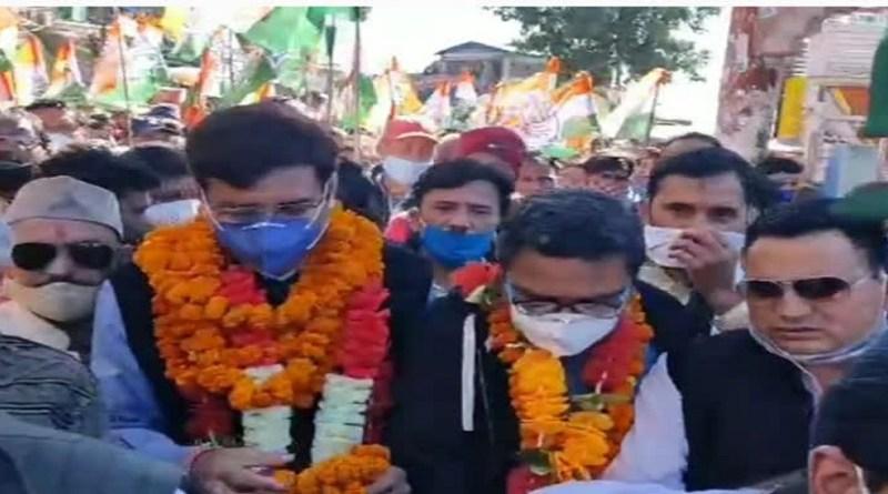 उत्तराखंड कांग्रेस के प्रदेश अध्यक्ष प्रीतम सिंह बुधवार को चमोली दौरे पर रहे। गोपेश्वर पहुंचने पर पीसीसी चीफ का जोरदार स्वागत किया गया।