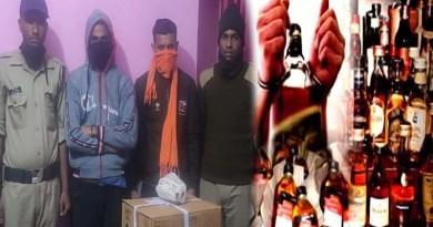 अवैध शराब कारोबारियों पर उत्तरकाशी पुलिस ने कसा शिकंजा, छापेमारी के दौरान 12 पेटी बरामद, 2 लोग भी गिरफ्तार