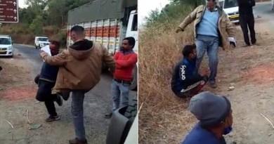 पौड़ी: बीच सड़क पर दिखी आबकारी उप निरीक्षक की गुंडई, ट्रक से पव्वा पीने पर की तीन लोगों की धुनाई