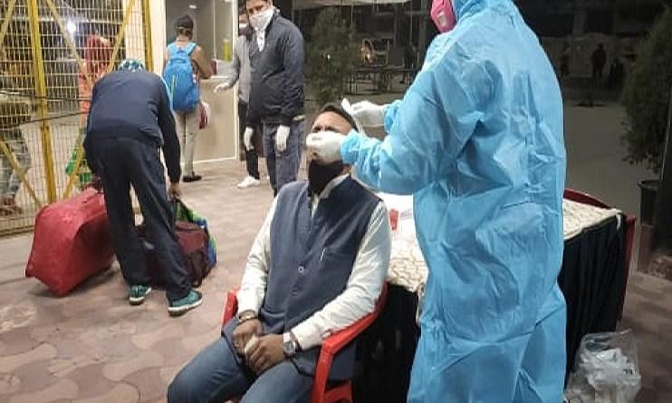उत्तराखंड में नहीं थम रहा कोरोना का कहर! 24 घंटे में 564 लोग हुए संक्रमित, अब तक 1447 मरीजों की मौत
