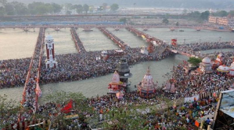 हरिद्वार में इस साल होने वाले महाकुंभ की तारीख फाइनल हो गई है। भराड़ीसैंण में हुई कैबिनेट की मीटिंग में इस पर मुहर लगी कि महाकुंभ का आयोजन एक अप्रैल से लेकर 30 अप्रैल तक होगा।