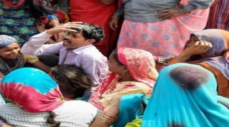 उधम सिंह नगर जिले के बाजपुर में एक दर्दनाक हादसे में दो युवकों की जान चली गई। वहीं, तीसरा युवक गंभीर रूप से घायल हो गया।