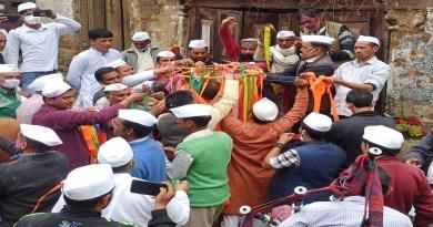 उत्तराखंड के कुमाऊं क्षेत्र में होली का त्योहार एक खास तरीके से मनाया जाता है, जिसे कुमाऊंनी होली कहते हैं।
