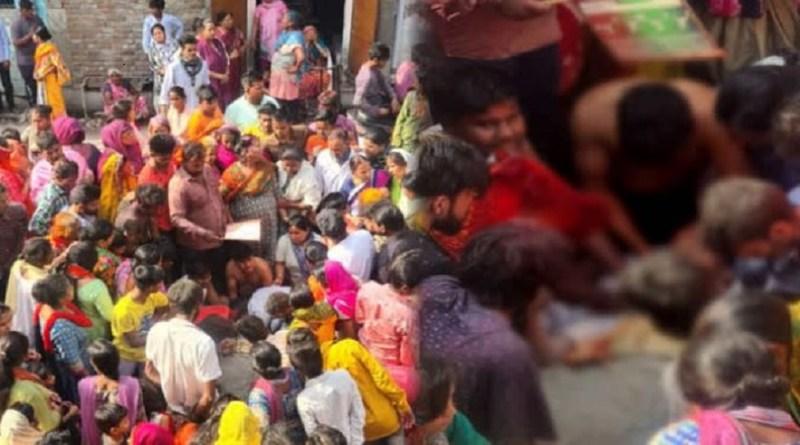 नैनीताल के हलद्वानी में होली के दिन दर्दनाक हादसा हुआ है। राजपुरा क्षेत्र में होली पर एक परिवार की खुशियां मातम में बदल गई। होली के मौके पर एक लड़के की करंट लगने से मौत हो गई। हादसे के बाद से ही परिवार में मातम छाया हुआ है।