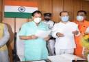 सल्ट के नवनिर्वाचित BJP विधायक महेश जीना ने ली पद व गोपनीयता की शपथ, विधानसभा अध्यक्ष प्रेमचंद्र अग्रवाल और CM तीरथ सिंह रावत ने दी शुभकामनाएं