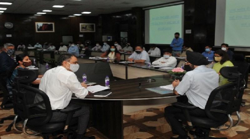देहरादून: मुख्य सचिव एस.एस. संधू की अध्यक्षता में हुई राज्य स्तरीय बैंकर्स समिति की बैठक, बैंक मित्र नियुक्त करने के दिए निर्देश