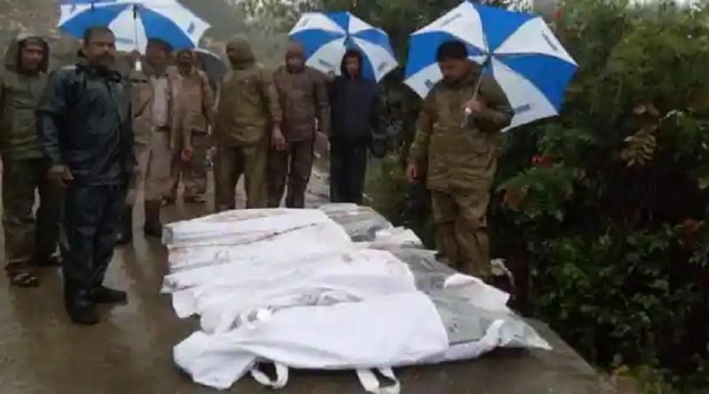 उत्तराखंड में बारिश और भूस्खलन से चारों तरफ कोहराम मचा हुआ है। अब तक 46 लोगों की मौत हो चुकी है।