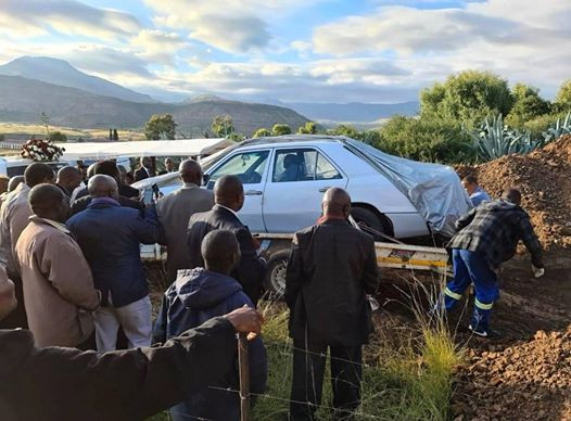 South African Grandfather Buried In His Favourite Mercedes Benz
