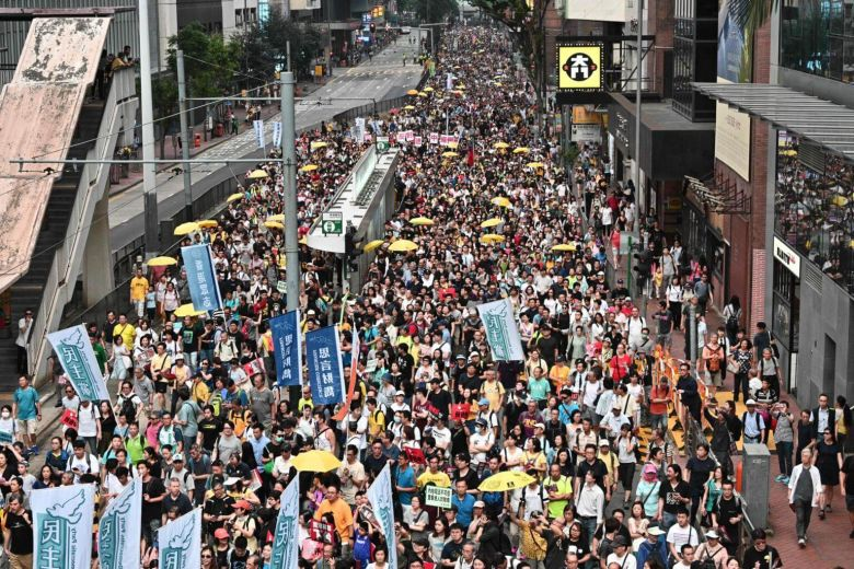 Hundreds of thousands march in Hong Kong to protest China extradition bill   News Of Asia