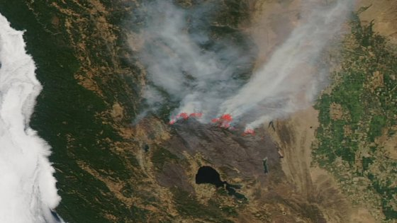 Striking Space Images – Mendocino Fires