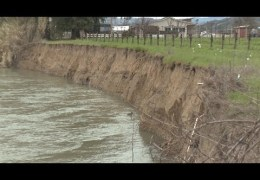 Russian River Threatens Road