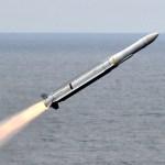 北朝鮮、グアムへミサイル攻撃を検討か…