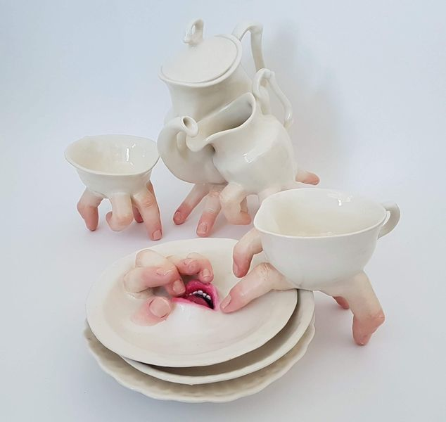 Ronit Baranga - Hybrid Tea Cup Set Embraced