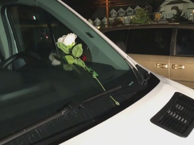 PHOTO: A single white rose was left on the windshield of one of the vehicles the in parking lot of Ride the Ducks in Branson, Mo. after one of their vehicles capsized, July 19, 2018.