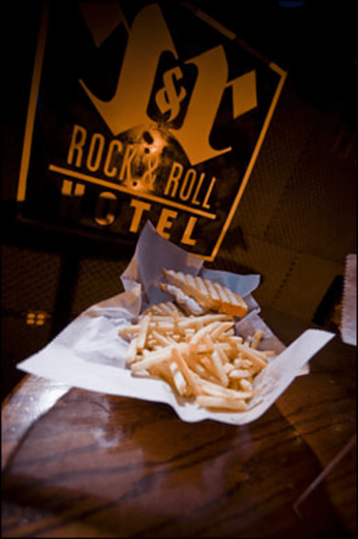 Eat to the Beat: Rock & Roll Hotel?s superior mosh nosh.