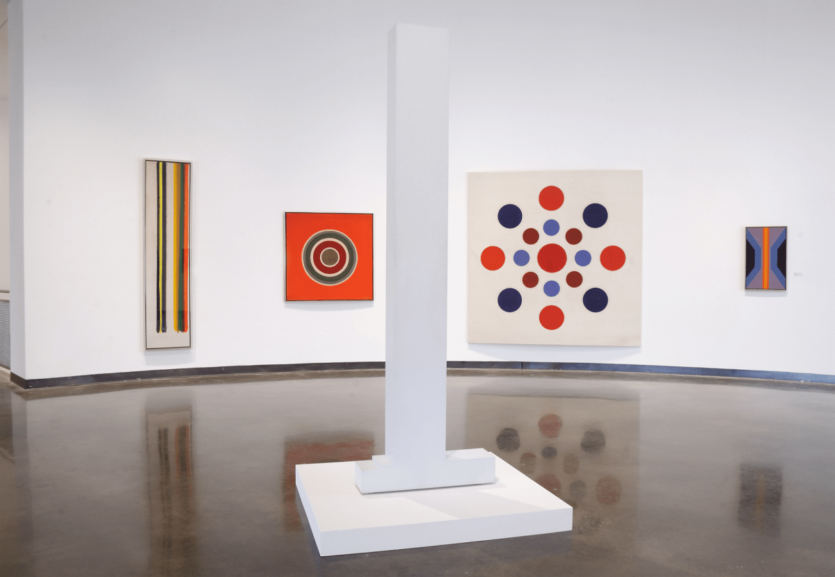 From left to right works by Morris Louis, Kenneth Noland, Anne Truitt, Thomas Downing, and Willem DeLooper