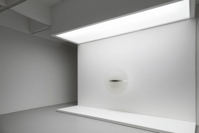 "Installation view of ""Untitled"" by Robert Irwin (1969)"
