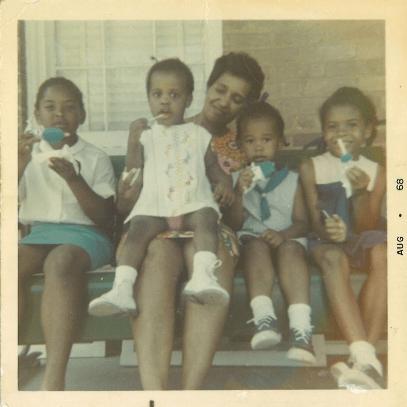 From left to right, Cynthia Davis (cousin); Tracye McQuirter (sister); Ann Barnett (aunt); Marya McQuirter; Veronica Hale (sister).