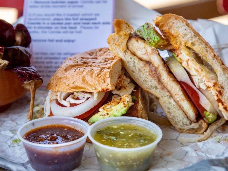 A cemita sandwich