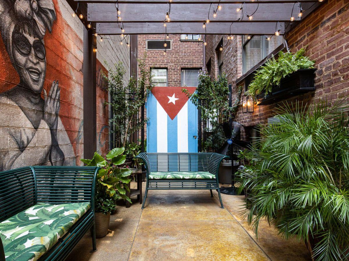 Exterior of Casta's Rum Bar
