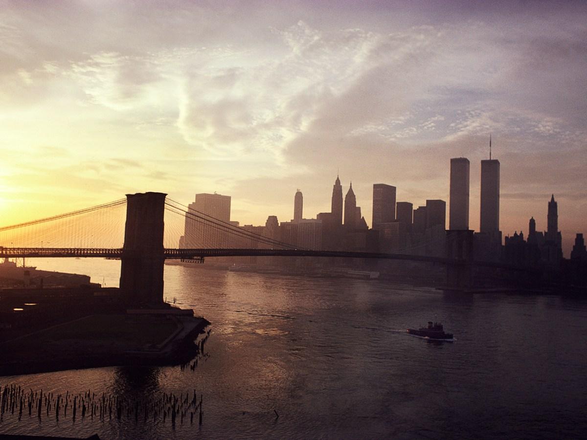 Camilo Jose Vergara images of the twin towers