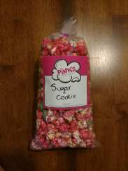 This is the appearance of the Sugar Cookie popcorn flavor.