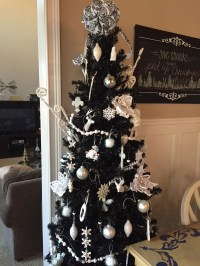 Our Favorite Black Christmas Tree Decorating Ideas You ...