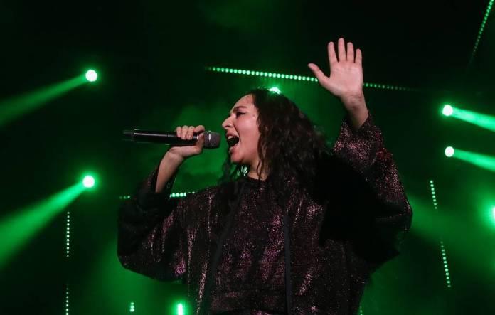 Следователи начали проверку песни певицы Манижи