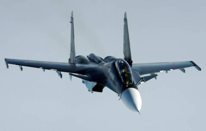 В Казахстане при заходе на посадку разбился истребитель Су-30СМ