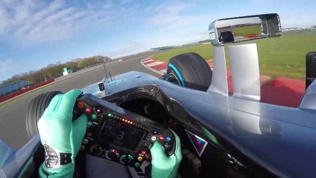 Rosberg penalizado no GP de Inglaterra cai para 3º