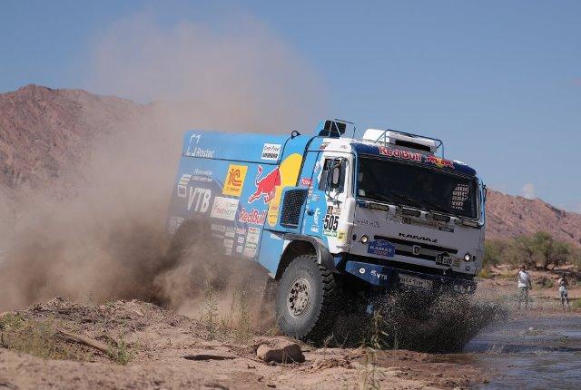 Eduard Nikolaev bisa nos camiões