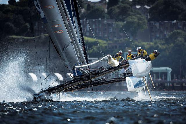 A vela espectáculo regressa à Ilha da Madeira