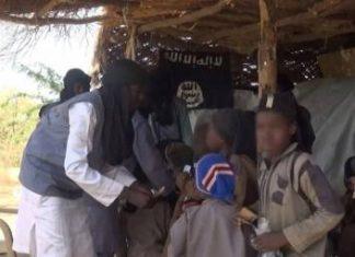 See Photos As Boko Haram Shares Ramadan Packages, Cash To Borno, Yobe Residents