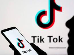 Tik-Tok ची पॅरेंट कंपनी ByteDance वारंवार होणाऱ्या अॅपबंदीला वैतागली असुन बंदीतून बाहेर पडण्यासाठी कंपनी टीक-टॉकला अमेरिकेला विकू शकते.