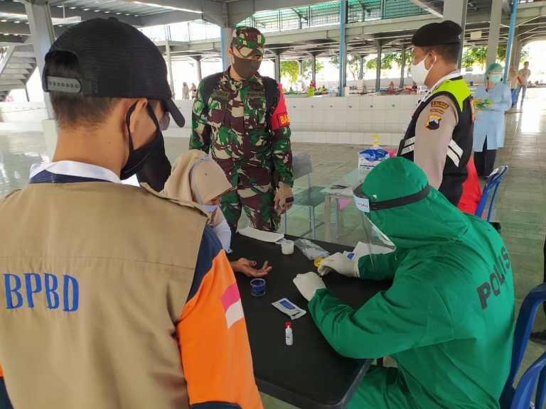 Karyawan Pabrik di Wonogiri Jalani Rapid Test