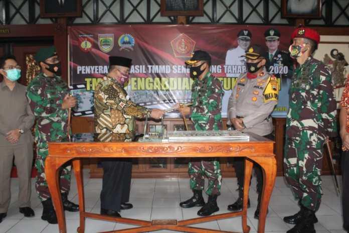 Bupati Sukoharjo Tutup TMMD Sengkuyung Tahap III