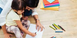 Untuk mencapai perkembangan optimal dengan semua potensi yang dimiliki, anak butuh pendampingan tepat dari orangtua. Di masa pandemi seperti sekarang ini, orangtua pun wajib menjadi guru terbaik untuk anak-anaknya.
