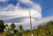 awan-merapi-lawu