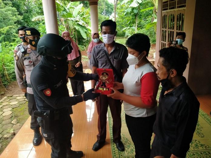 Gadis SMA Datang Sendirian ke Markas Timsus Harimau Polres Wonogiri, Ini yang Terjadi