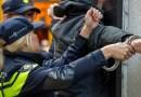 OLANDA: Migranți ilegali, ascunși într-un TIR condus de un român, au sunat la poliție pentru a fi salvați
