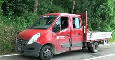 Tragedie absurdă în Italia: Un muncitor român a fost aruncat prin geamul unei furgonete în mers și a murit