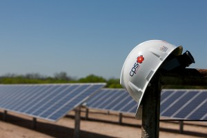 CPS Energy's deal with OCI Solar Power and its partners will bring at least 800 good-paying jobs to San Antonio.