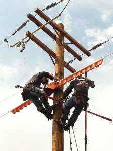 (Image) Journeyman switch change-out – the linemen team finishing up on their final rodeo event.