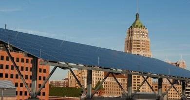 (Image) San Antonio Skyline and solar panels