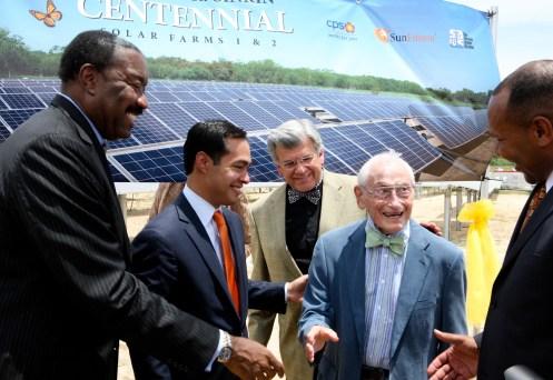 CPS Energy Doyle Beneby, left, with Mayor Julian Castro and SAWS Chairman Berto Guerra congratulate Bill Sinkin.