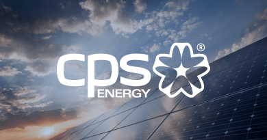 THREE CREDIT AGENCIES AFFIRM CPS ENERGY'S BOND RATINGS;  S&P AND MOODY'S REFLECT STABLE OUTLOOK;  FITCH CHANGES OUTLOOK FROM STABLE TO NEGATIVE