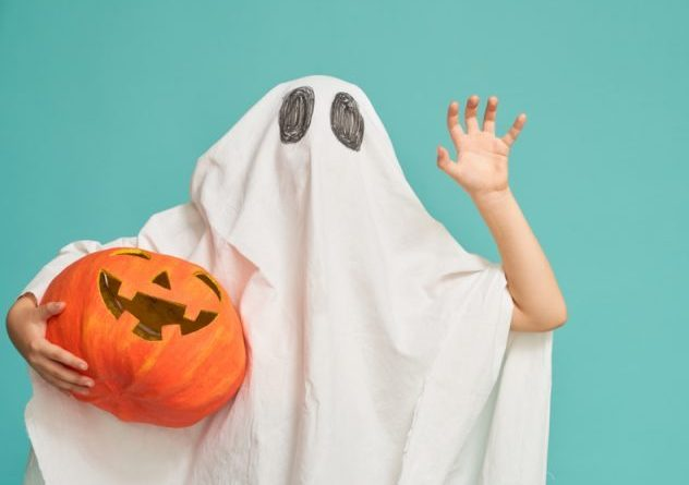 (Image) Spook_Ghosts_Away