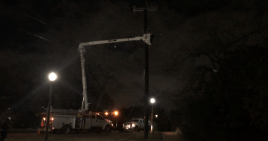 CPS Energy Linemen working on an emergency call