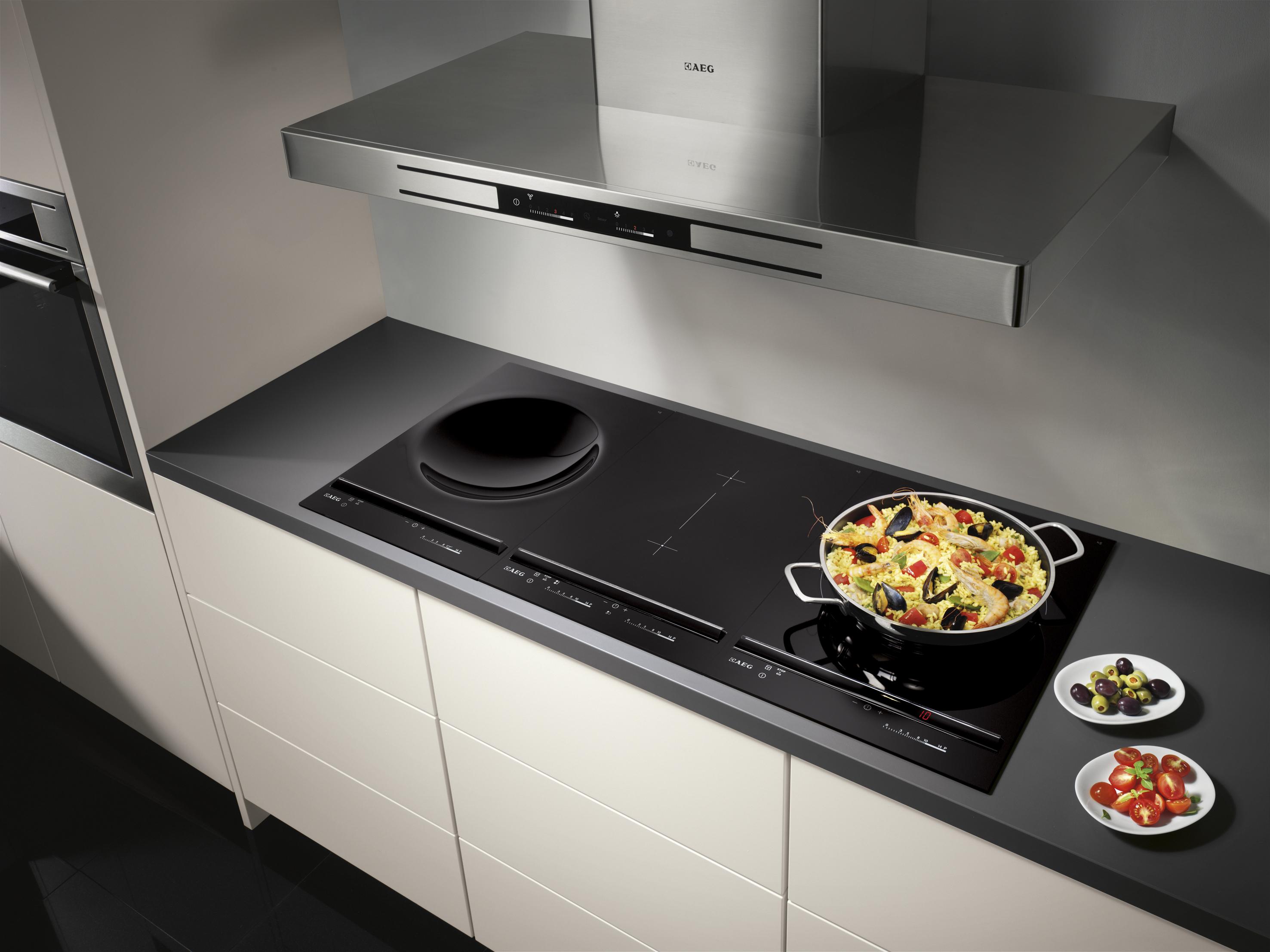 Composez votre zone de cuisson personnelle avec les tables
